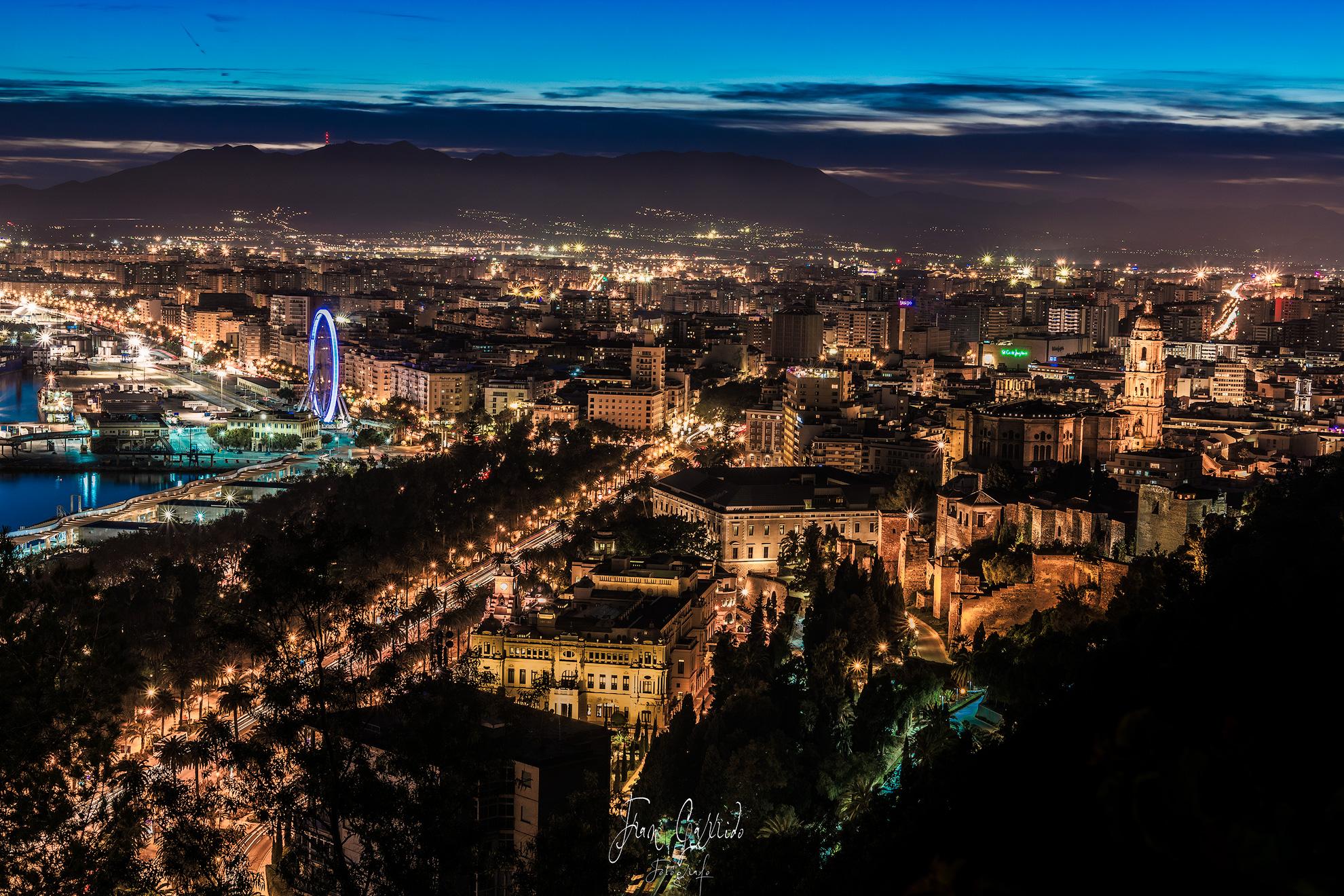 Malaga nocturna